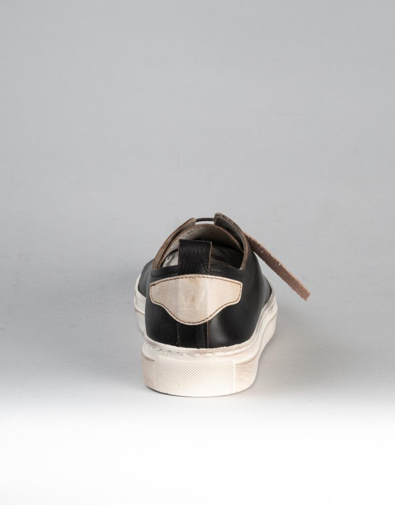 Prima – sneaker in pelle nera – estate 2020-2302