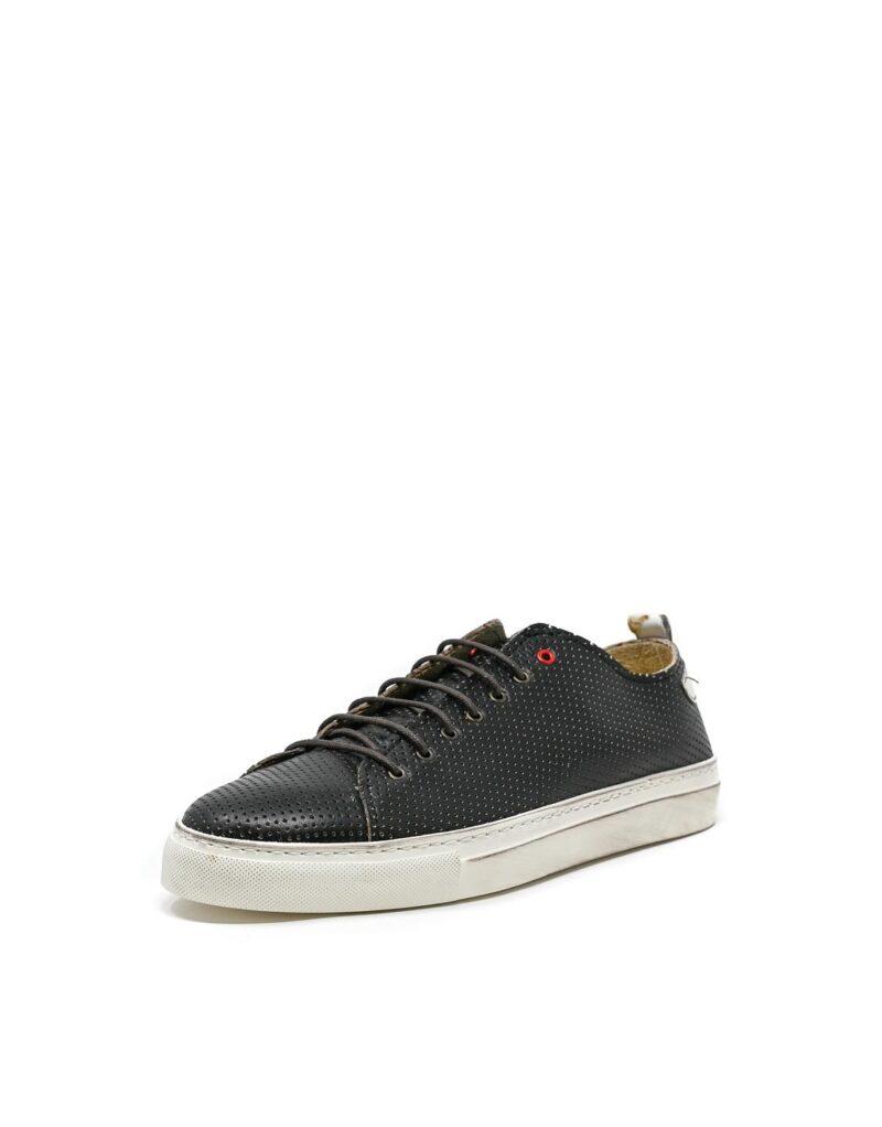 sneaker Prima in pelle traforata nera-5506