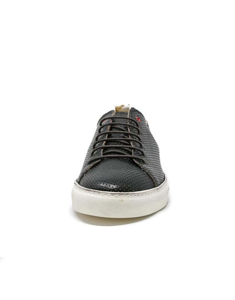 sneaker Prima in pelle traforata nera-5507